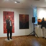 Eröffnung der Ausstellung durch Kurator Hubert Thurnhofer
