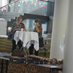 Trixi und Elisabeth in der Kaffee-Pause