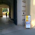 Wiedner Hauptstr. 46: Eingang zur Galerie Artopia