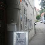 3. Station :Mödling; Eingang zum Konzerthof
