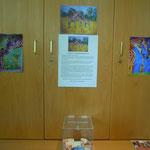 Spendenbox, Informationsplakat über neues Giraffengehege und meine Giraffenbilder als Poster