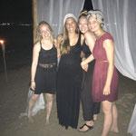Geburtstagsfeier unserer Studentenbetreuerin am Strand von Cabarete