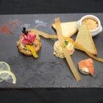 trilogie nordique  : blinis saumon fumé, tartare de poisson, rillettes aux deux saumons