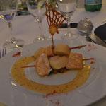 brochette de st jacques et saumon velouté basilic