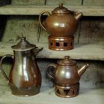 Kaffee- und Teekannen, verschiedene Formen