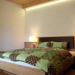 Schlafzimmer Apartment Donnerkogel © Christine Bleisch
