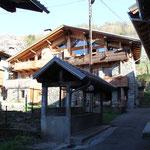 le bachal ( lavoir) de la place de montrigon
