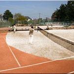 "<a href=""http://tctrebeurden.free.fr"" target=""_blank"">Le site du club de Tennis de Trébeurden</a>"