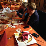 nachdem ganz Bentheim essenstechnisch tot war, mussten wir natürlich notgedrungen in ein Restaurant einkehren