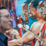 Künstler präsentierte seine Kunst- und Werke