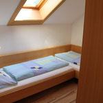 Schlafzimmer 1 AP1