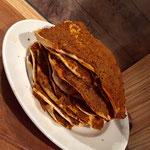 Rezept Tarifi selbstgemachte tuerkische Lahmacun Pizza auf meinem Foodblog aus Köln