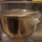 einfaches Leinsamen Bio-Vollkornbrot | mit Joghurt und Honig