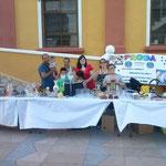 Die Proda Familie am Flohmarkt