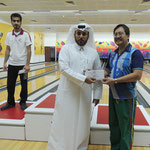 Engr. Oliver Fabros (2nd Placer) received his cash prize awarded by Mr. Bandar Al Shafi - Secretary General of the Qatar Bowling Federation