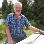 Walter Sommer, Pensionierter Teilzeitmitarbeiter Mutterkühe und Maschinen