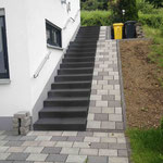 Treppe Nebeneingang