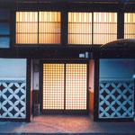 玄関アプロ-チ(夜景)