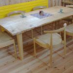 事務所の打ち合わせテ-ブル:栗材製作
