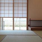 畳コ-ナ-(雪見障子、床の間付)