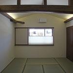 和室(西側を見る。)