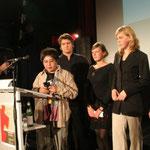 Verleihung des 1. Schülerjurypreises 2005 mit Ditsi Carolino und der Jugendpreisjury