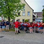 Die Kapelle spielt bei der Ankunft unserer Freunde aus Tiefenbach bei Östringen