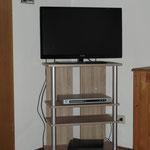 TV - Flachbildschirm - DVD Player