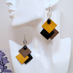 B.O. FORMIDABLE modèle 6 Cuirs ocre/noir/sépia, breloque inox carrés entrelacés et diamant noir