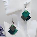 B.O. FORMIDABLE modèle 6 Cuirs vert prasin/gris/vert émeraude, breloque inox carrés entrelacés et diamant vert d'eau
