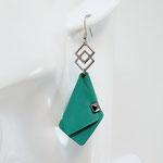 VENDUES ! BO FORMIDABLE modèle n°4 cuir vert prasin, breloque inox carrés entrelacés et carré diamant laiton noir