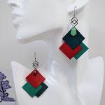 VENDUES ! B.O. FORMIDABLE modèle 6 Cuirs vert émeraude/rouge/vert prasin, breloque inox carrés entrelacés et diamant vert d'eau ou rouge