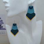 VENDUES ! B.O. FORMIDABLE modèle 1 Breloque demi-cercle bleu canard et cuir bleu azur/vert émeraude/bleu marine/jaune