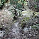 昔は木立が茂って渡河点が分らず道に迷ったポイントです
