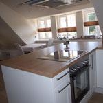 Die Küche ist gestern und heute (28. Juni) eingebaut worden