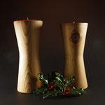 """Leuchter """"Teelichtständer"""" - Kiefer / h = 20,5 cm und 21,5 cm,  Ǿ Kopf und Fuß = jeweils 8,5 cm  / Oberfläche:  LIVOS Naturöl-Wachs / Preis: 100,00 € zusammen"""