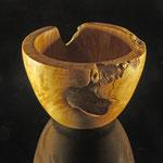 """Schale """"Lada"""" - aus Birken-Maserknolle / h = 8,5 cm / Ǿ = 12 cm / Wandstärke: 1,1 cm / geölt mit Bienenwachs (Gleivo der Firma Livos) / Preis: 300,00 €"""