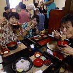 金沢のお蕎麦屋さんで昼食。高田さん、案内して下さって有り難うございました!楽しい時間だったなぁ...!