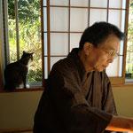 2013年元旦 お屠蘇、干し柿、昆布で折った鶴、鯣の末葉を食べ、1年の健康を祈りました