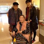 97歳の祖母と。 父と突然会いに行って、本当に嬉しそうだったなぁ。。。