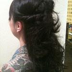 当日のヘアメイクは行きつけの美容院GLOWの金子さんにお願いしました!金子さん、いつもキレイにしていただいて^^ありがとうございます☆
