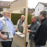 Brünnerehrenvorsitzender W.Schreiber (ganz links) im Gespräch mit A.Walter, H.Bartels und J.Krautwald.