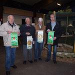 Die Züchter der V-Tiere, v.li. Bartels, Helmut Amenda, Voß und Masjosthusmann, Foto:Bartels
