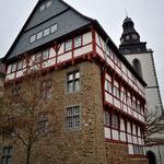 Oberhessisches Museum mit Stadtkirchenturm