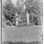 Kasteelpoort voor 1906 - foto stadarchief Brugge