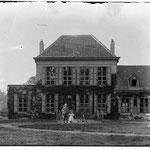 Kasteel voor 1906 - foto stadarchief Brugge