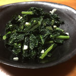 ケールとにんにくの炒めもの / sauteed kale with minced garlic
