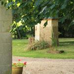 le puits (sécurisé) près de la cour