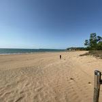 Wieder ein toller Strand in den keiner rein geht, ...