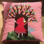 Cuscino racconta favole - Cappuccetto Rosso - Miaodress Creative Design - Handmade - Italian Style